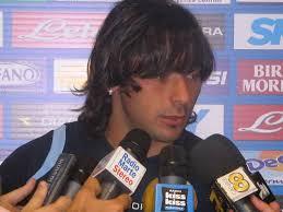 http://www.amonapoli.it/calcio/interviste/lavezzi-le-promesse-si-mantengono-se-napoli-mi-vuole-bene-deve-capirmi-e-rispettare-le-mie-scelte/