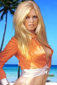 http://leguerrecivili.splinder.com/post/17352956/Brigitte+Bardot+condannata+per