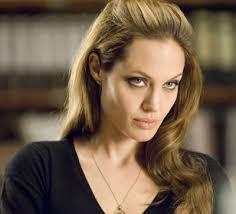 http://www.vivacinema.it/articolo/angelina-jolie-sara-nel-cast-del-nuovo-james-bond/7617/