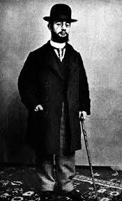 http://www.listphile.com/Famous_Left_Handed_People/Henri_de_Toulouse_Lautrec