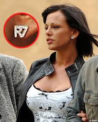 http://anyguey.guanabee.com/2008/04/nereida-gallardo-wears-r7-earrings-officially-branded-property-of-cristiano