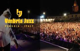 http://www.blogdolcevita.com/post/599/alicia-keys-at-the-2008-umbria-jazz-festival-in-italy