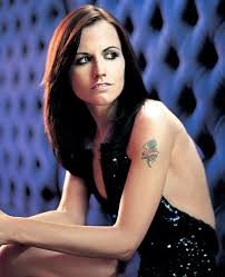 http://www.sdamy.com/dolores-o-riordan-the-journey-testo-lyrics-video-e-traduzione-10369.html