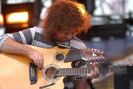 http://italy.real.com/music/artist/Pat_Metheny/gallery/image/19826/