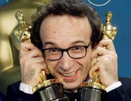 http://cinemanotizie.blogspot.com/2007/12/roberto-benigni-recita-dante-video-rai.html