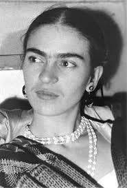 http://blogs.smarter.com/beauty/tag/Frida-Kahlo